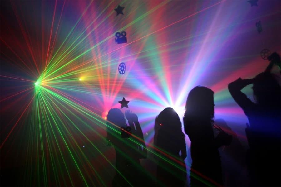 рулевой дискотеки в ночном клубе 6 букв