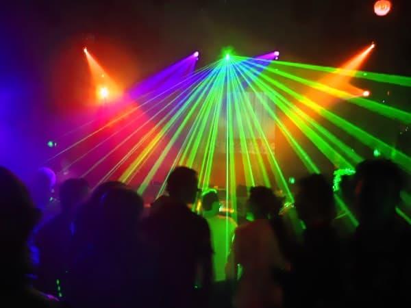 купить световое оборудование для ночного клуба